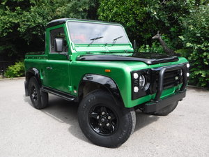 Land Rover Defender 90 2.5 TDi Pick-Up 2dr BESPOKE