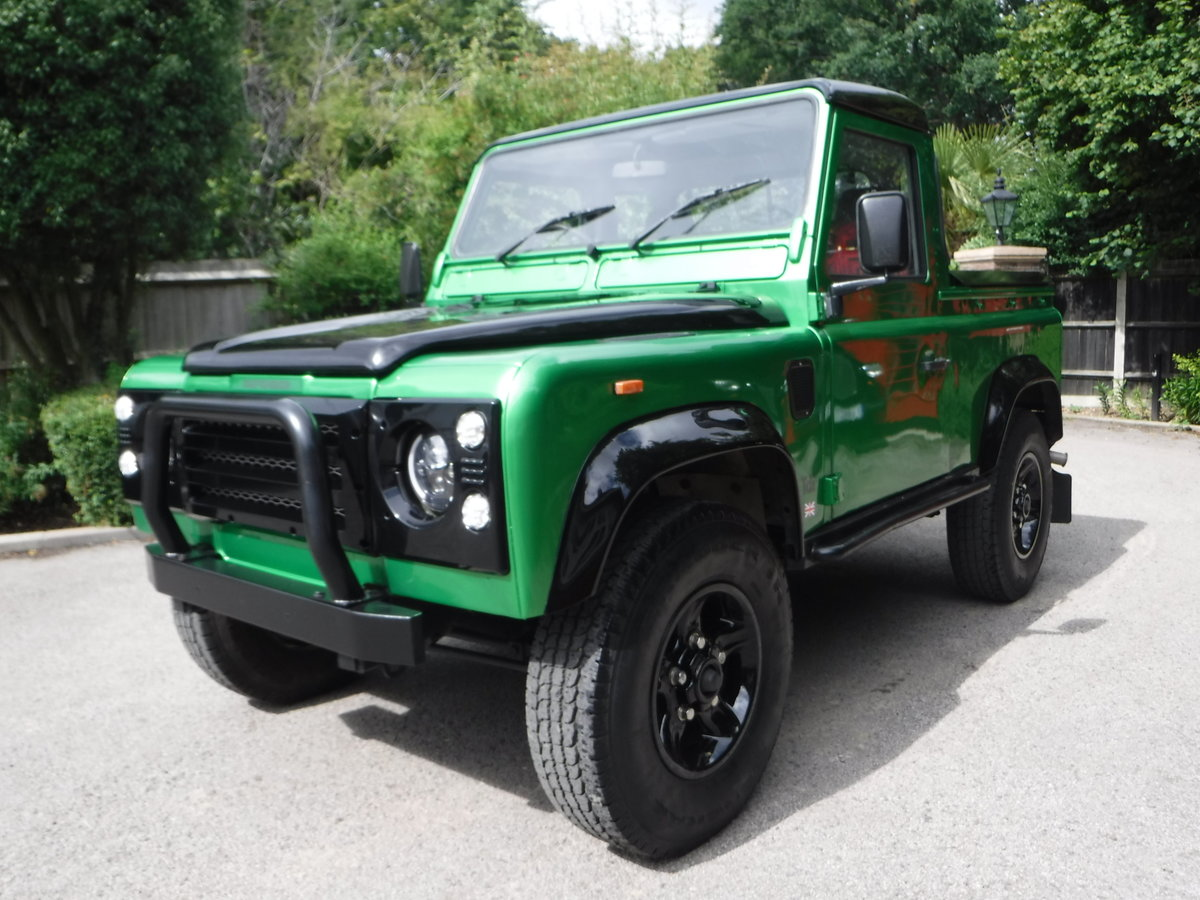 1993 Land Rover Defender 90 2.5 TDi Pick-Up 2dr BESPOKE For Sale (picture 2 of 6)