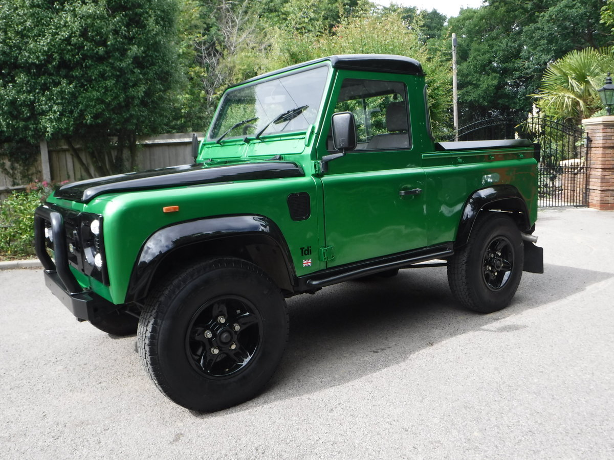 1993 Land Rover Defender 90 2.5 TDi Pick-Up 2dr BESPOKE For Sale (picture 3 of 6)