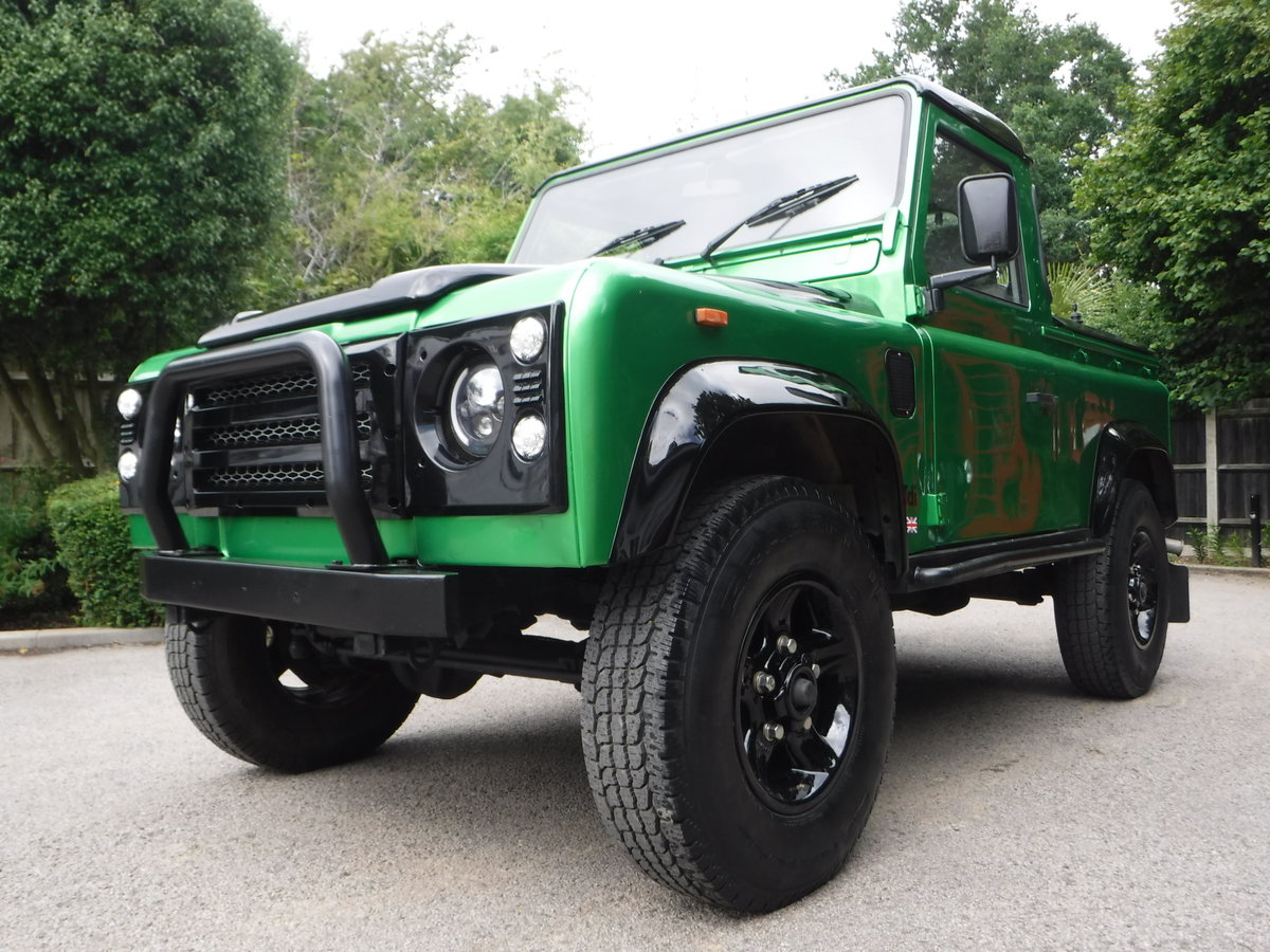 1993 Land Rover Defender 90 2.5 TDi Pick-Up 2dr BESPOKE For Sale (picture 4 of 6)