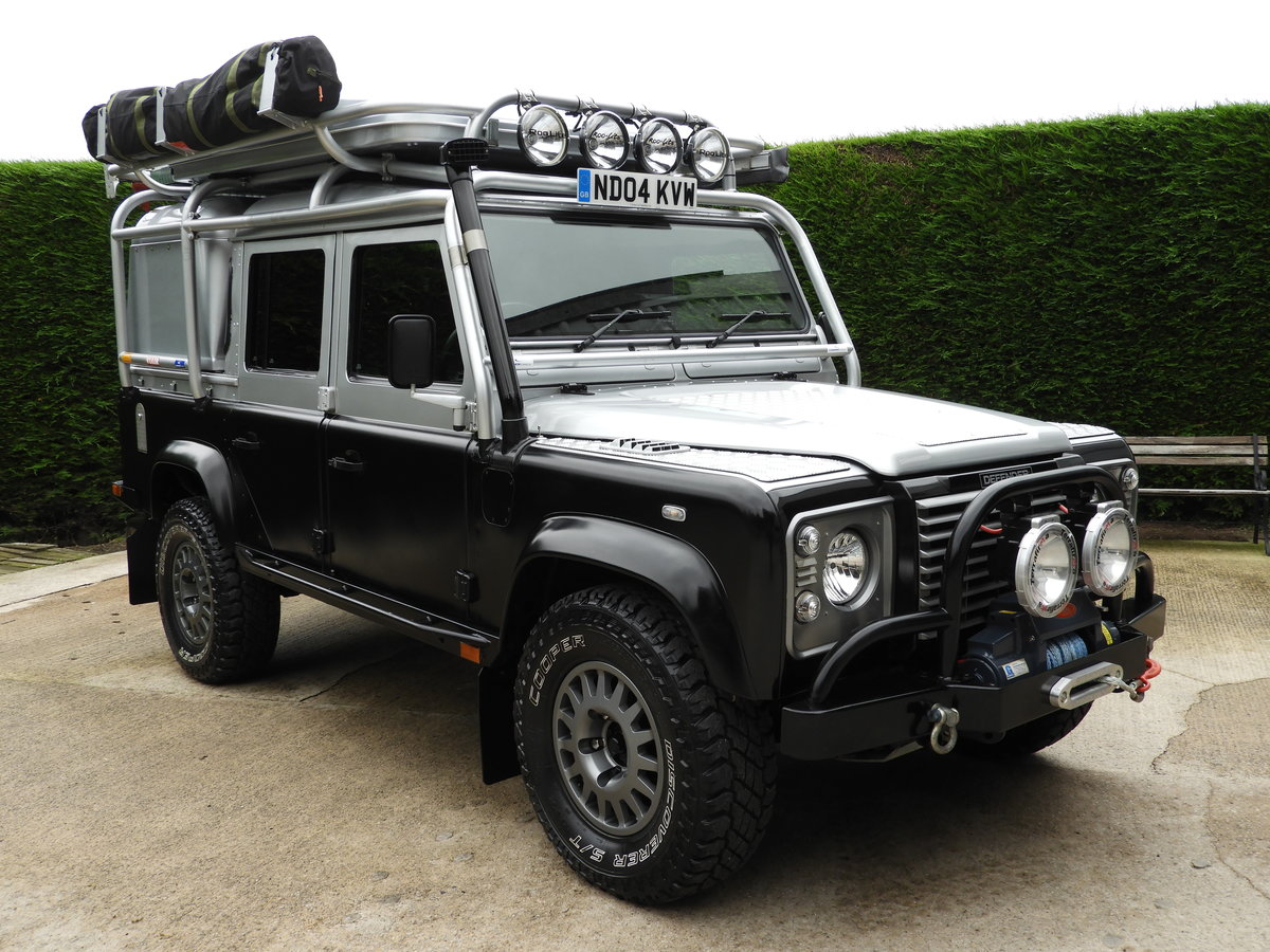 2004 LAND ROVER DEFENDER 110 2.5 TD5 XS DBL CAB EXPEDITION For Sale (picture 1 of 12)