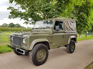 Landrover Defender 90 Soft Top Wolf Ex Military
