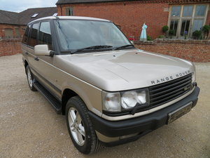 1999 RANGE ROVER P38  4.6 HSE  - 44,000 MILES FROM NEW 1 OWNER