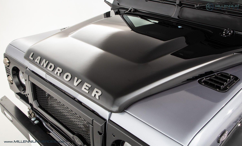 1984 LAND ROVER DEFENDER 90 // 200 MILES // £76K VIEZU REBUILD For Sale (picture 2 of 21)