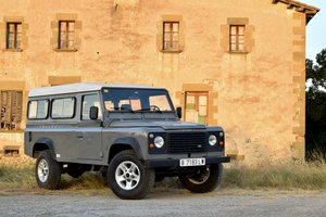 1990 LAND ROVER DEFENDER 110 - 200TDI - LHD SOLD