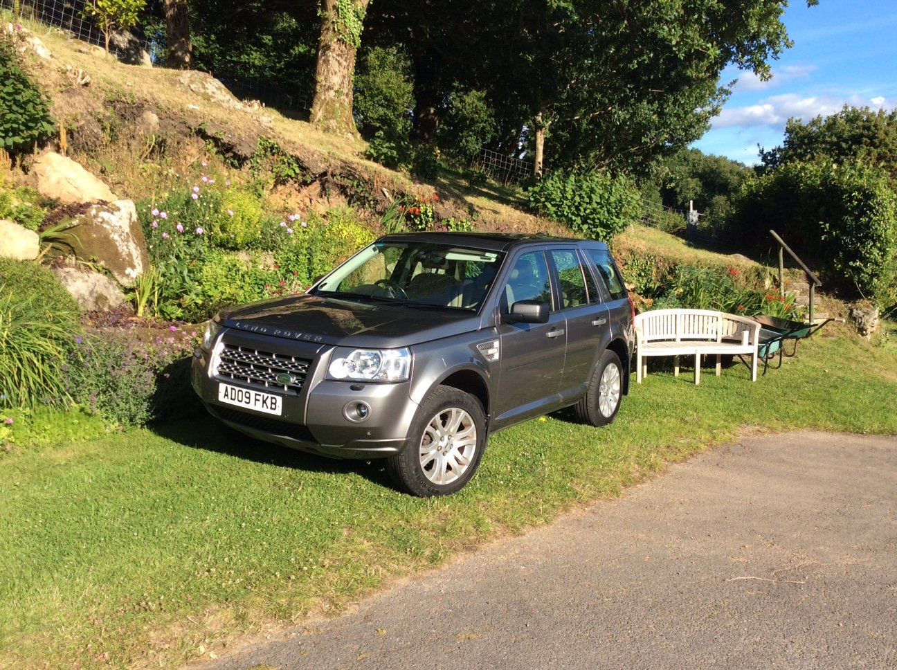 2009 Land Rover Freelander 2 HSE TD4 Auto Diesel, FSH For Sale (picture 1 of 6)