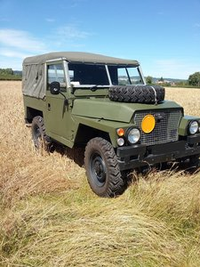 1980  lightweight landrover military specification