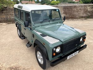 Picture of smart 2007 Defender 110 TD5 station wagon 9 seat low miles SOLD