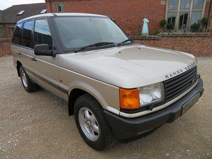 RANGE ROVER P38 4.6 HSE 1999 41,000 MILES SERVICE HISTORY