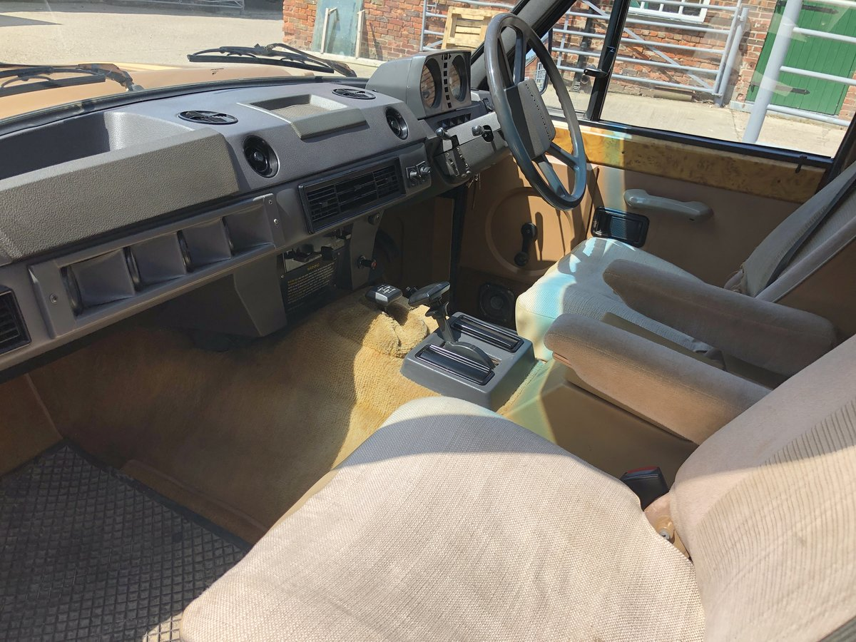 1982 Range Rover Classic 'In Vogue' Ltd Edition For Sale (picture 5 of 6)
