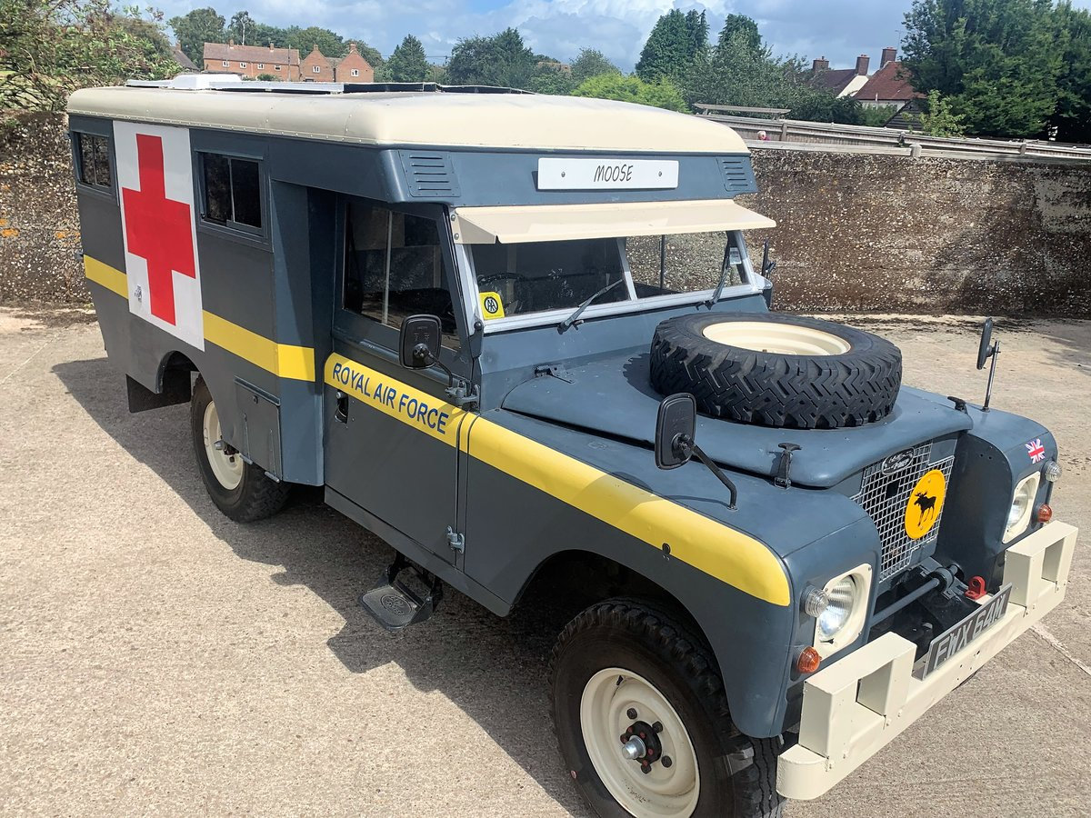LOVELY 1972 SERIES IIA MARSHALL AMBULANCE CAMPER CONVERSION For Sale (picture 1 of 6)