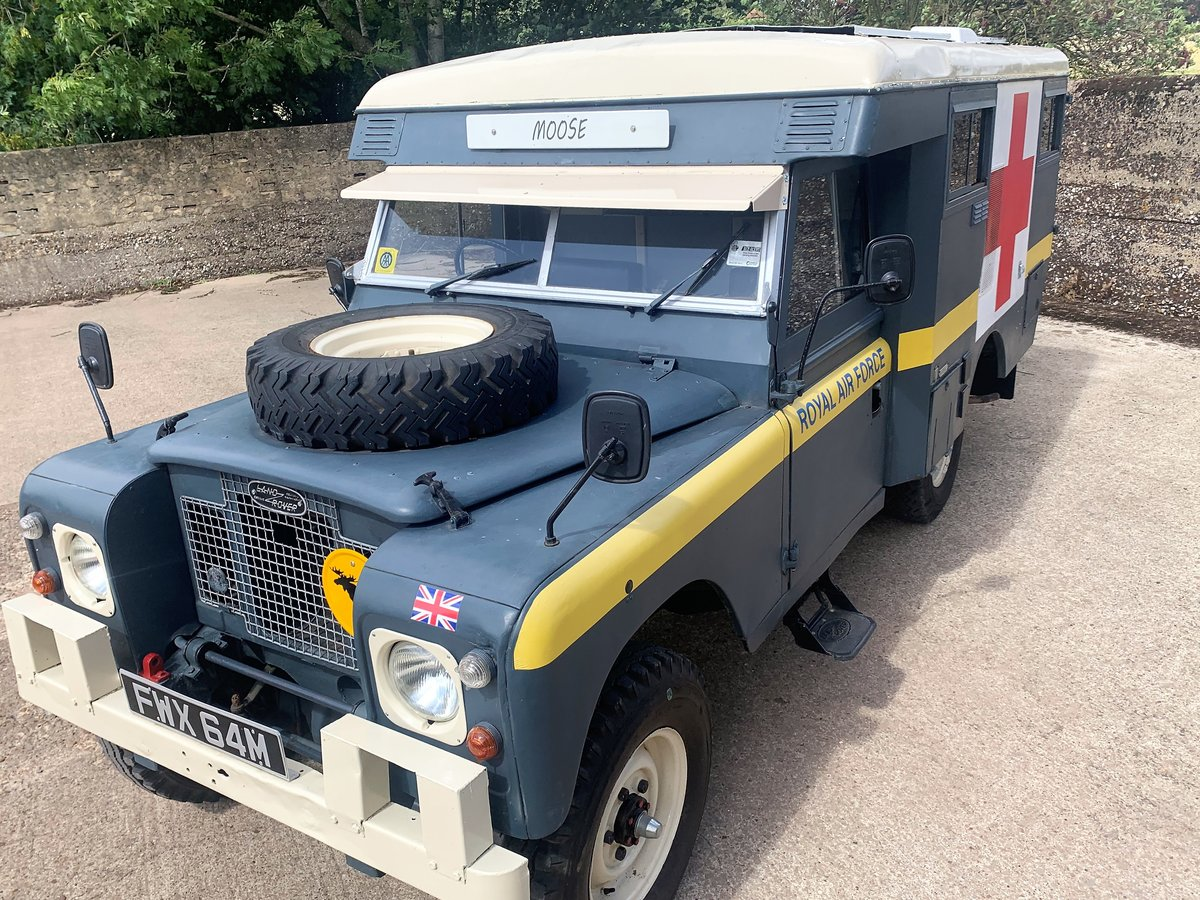 LOVELY 1972 SERIES IIA MARSHALL AMBULANCE CAMPER CONVERSION For Sale (picture 2 of 6)