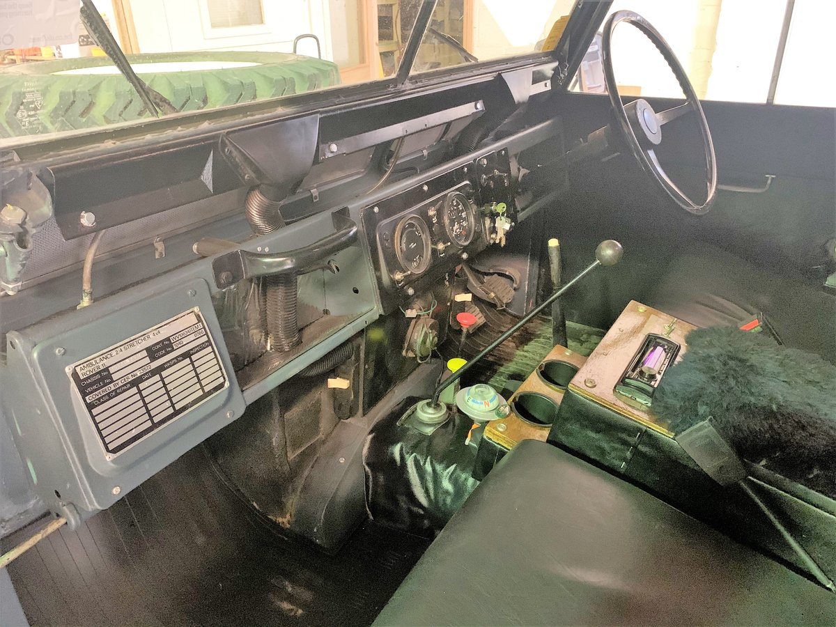 LOVELY 1972 SERIES IIA MARSHALL AMBULANCE CAMPER CONVERSION For Sale (picture 3 of 6)
