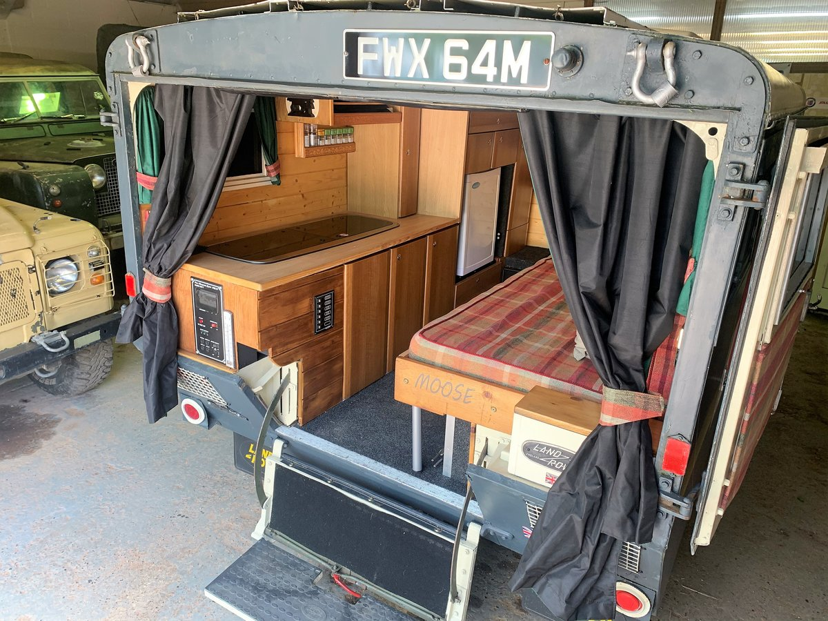 LOVELY 1972 SERIES IIA MARSHALL AMBULANCE CAMPER CONVERSION For Sale (picture 5 of 6)