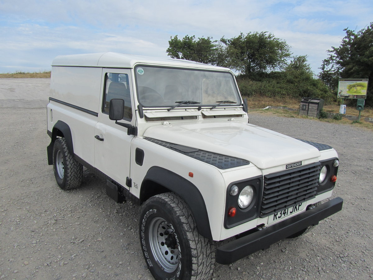 1998 Land Rover 110 Defender 300Tdi. For Sale (picture 2 of 6)