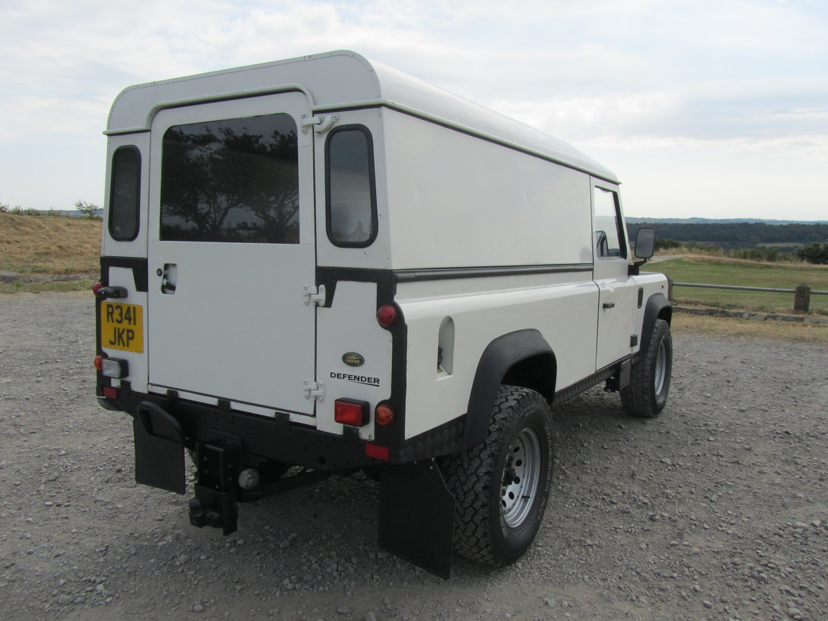 1998 Land Rover 110 Defender 300Tdi. For Sale (picture 3 of 6)