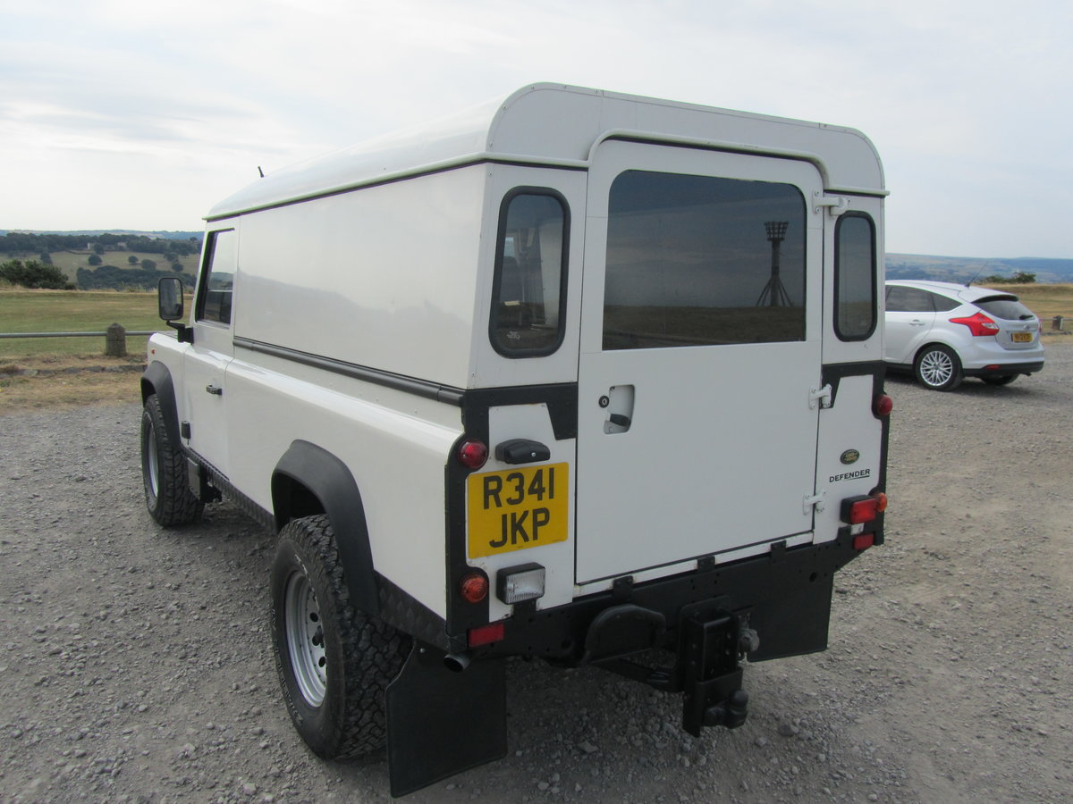1998 Land Rover 110 Defender 300Tdi. For Sale (picture 4 of 6)