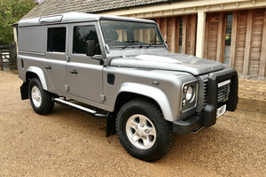 DEFENDER 110 2.2TDci XS UTILITY STATION WAGON