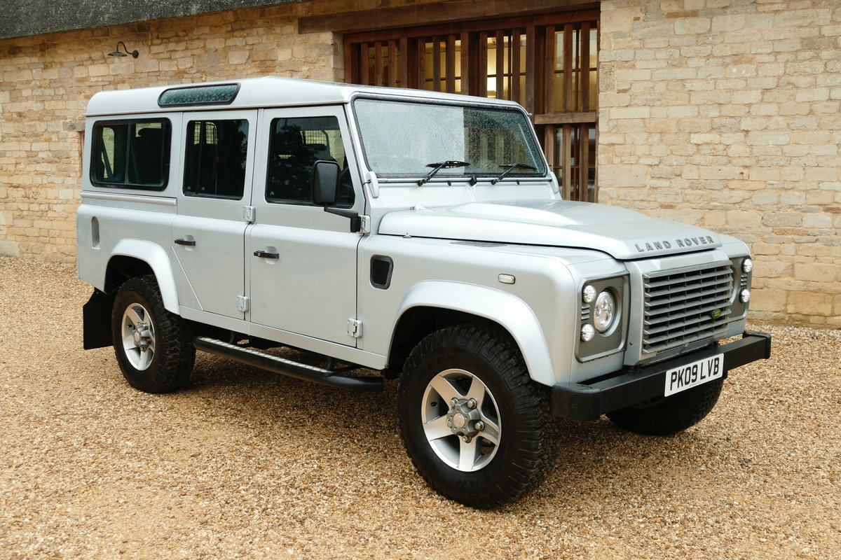 2009 DEFENDER 110 2.4TDci XS STATION WAGON For Sale (picture 1 of 6)
