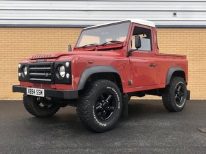 LAND ROVER DEFENDER 90 PICK-UP // TD5 // 2.5L // 120 BHP