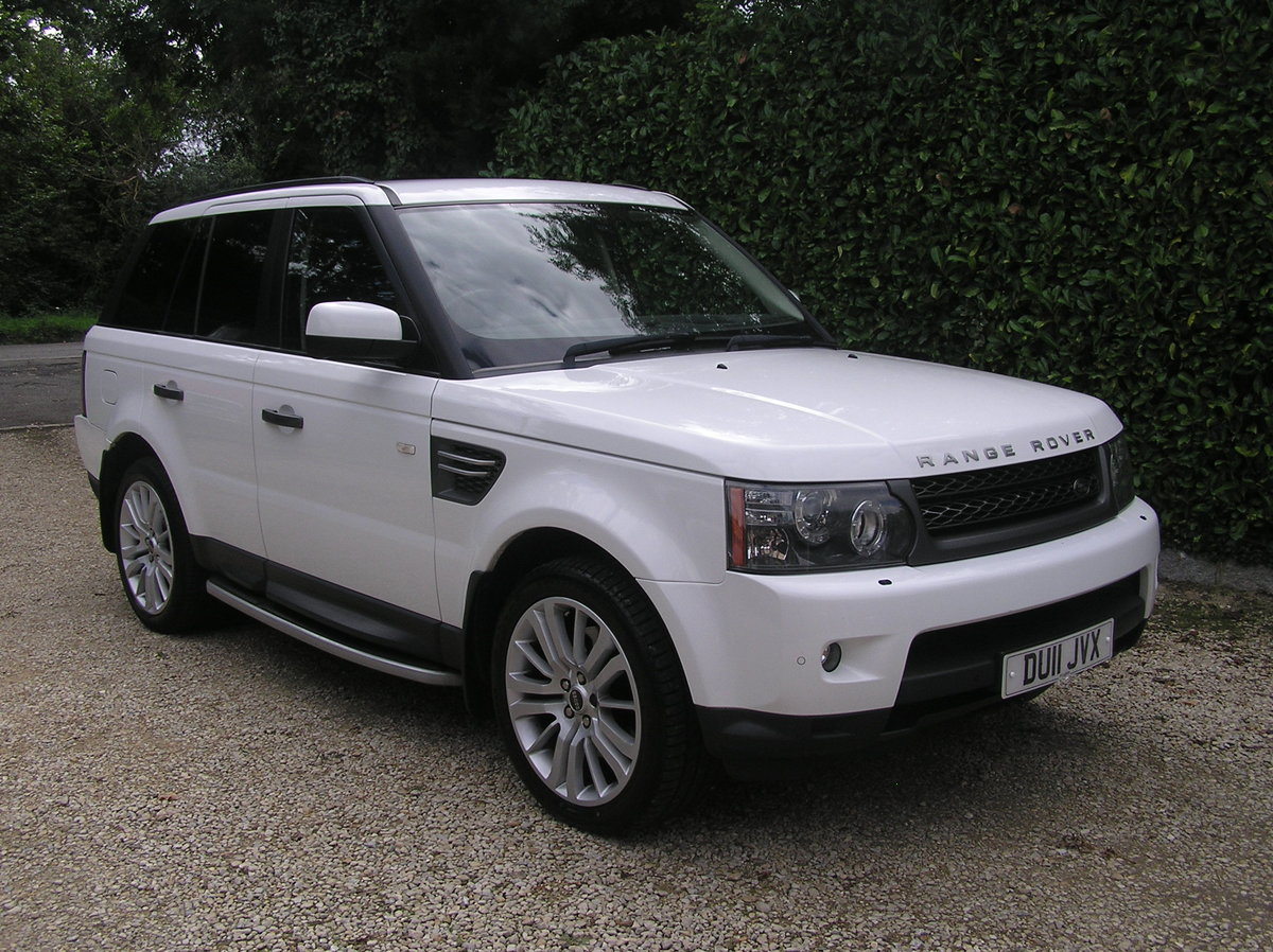2011 Land Rover Range Rover Sport 3.0 TD V6 HSE For Sale (picture 1 of 6)