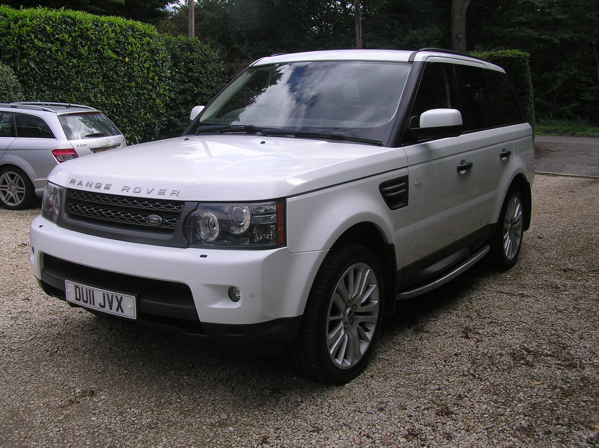 2011 Land Rover Range Rover Sport 3.0 TD V6 HSE For Sale (picture 4 of 6)