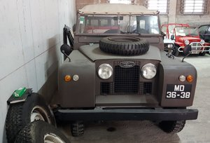 1960 Land Rover Serie 2   (Lot of two cars)