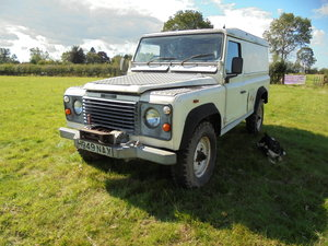 1990 Land Rover 110 (Defender) ORIGINAL 2.5 PETROL