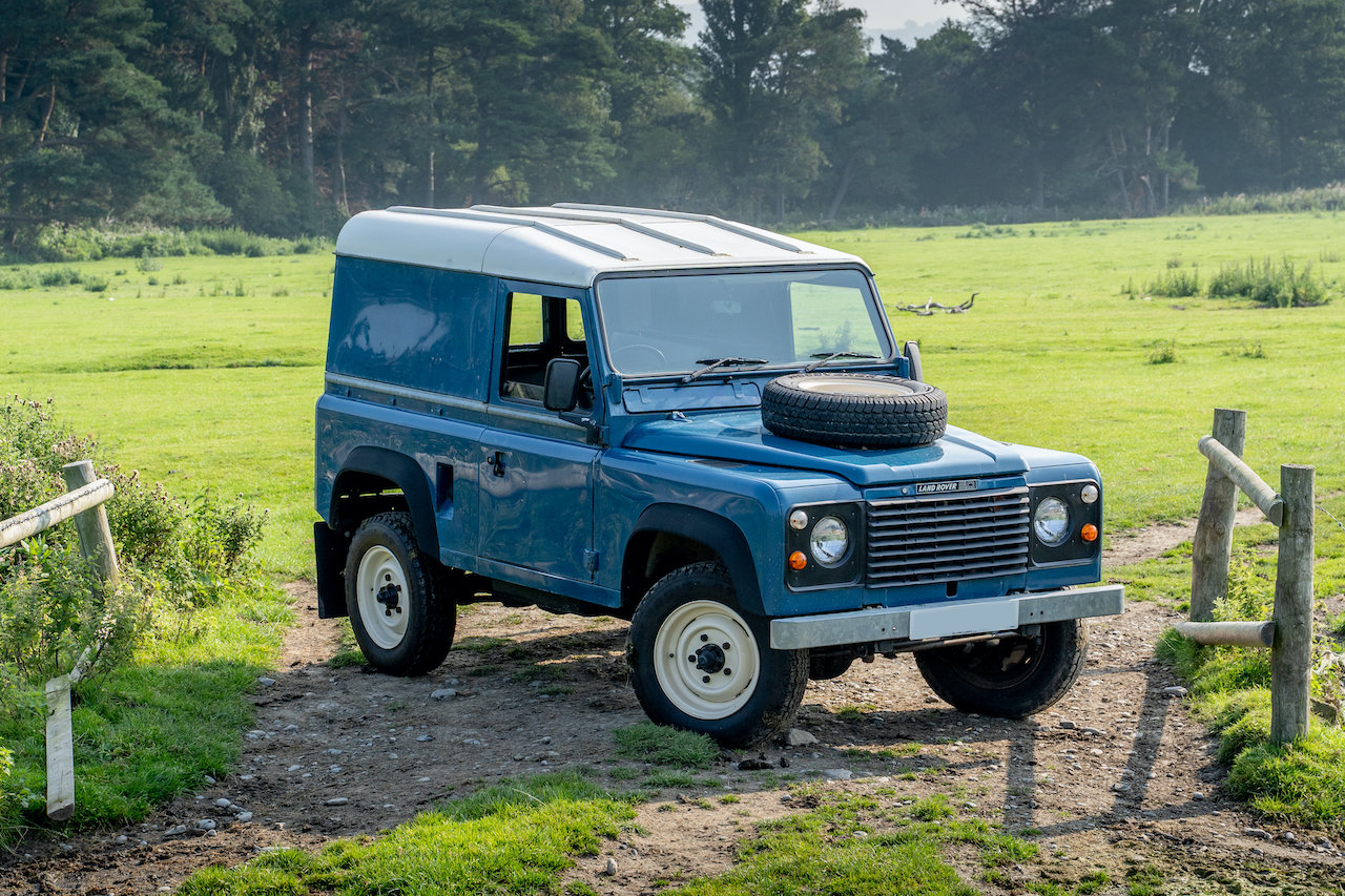 Land Rover 90 1986 Defender Hardtop Original Condition 65,00 SOLD (picture 1 of 6)