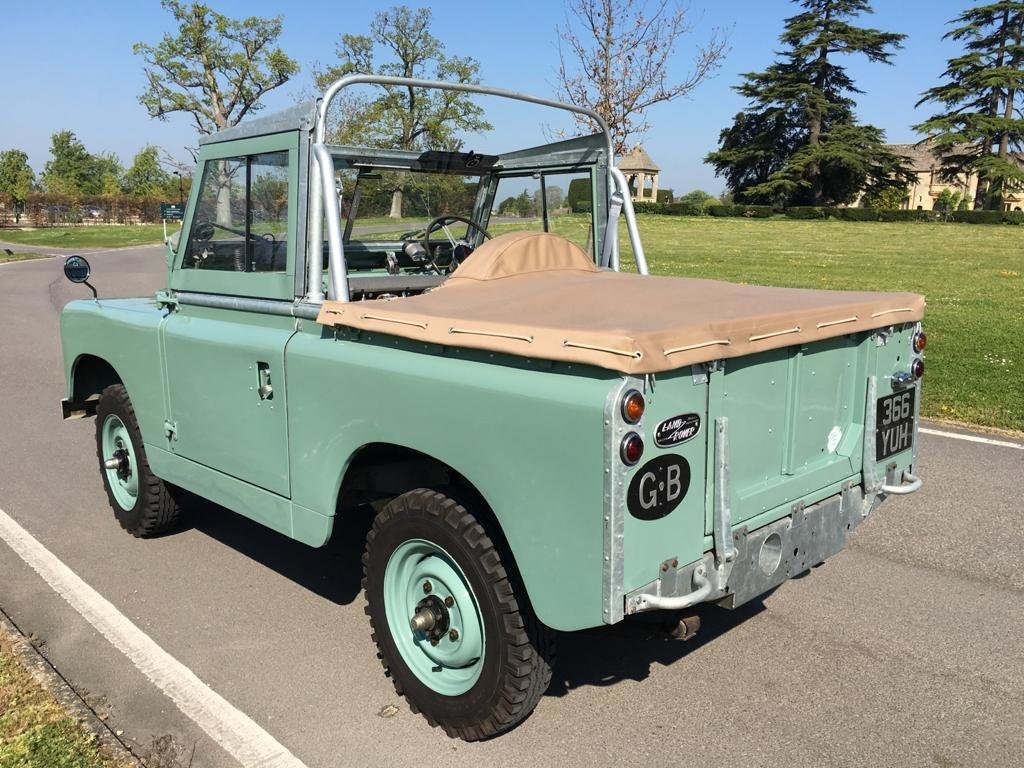 """1963 Land Rover Series 2a 88"""" 1962 Soft Top Nut & Bolt Restoratio For Sale (picture 3 of 6)"""