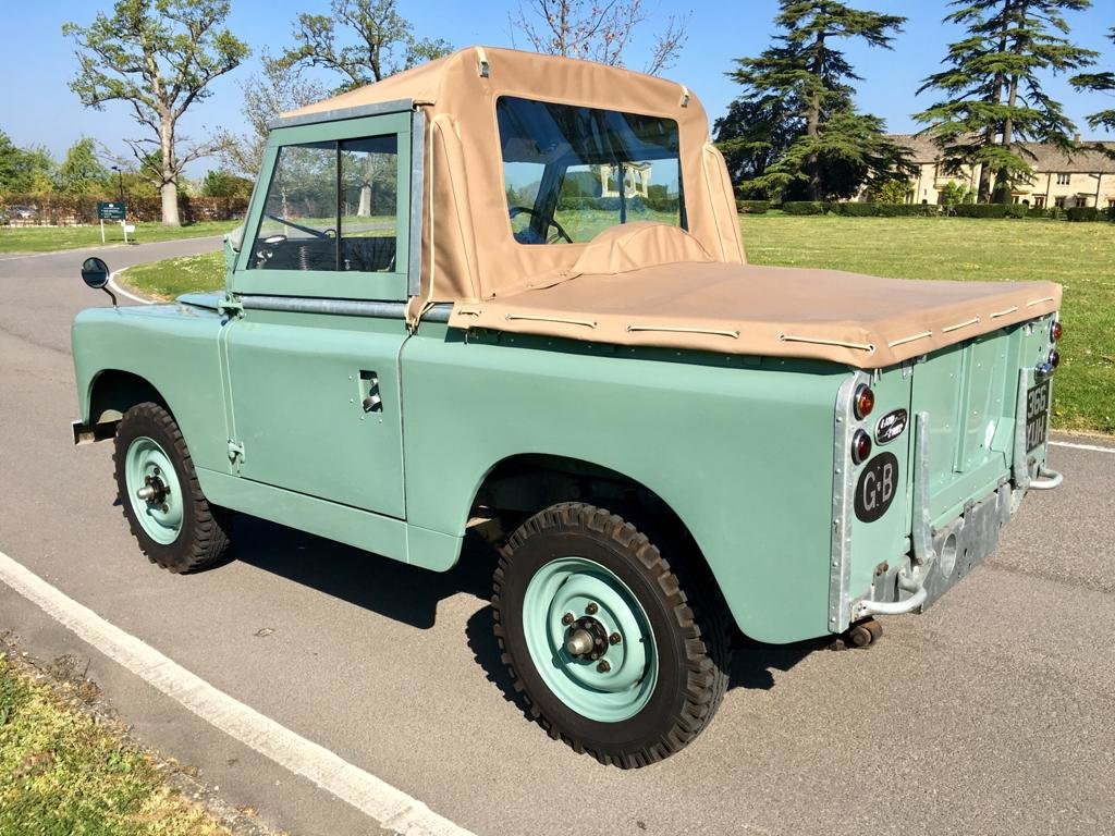 """1963 Land Rover Series 2a 88"""" 1962 Soft Top Nut & Bolt Restoratio For Sale (picture 4 of 6)"""