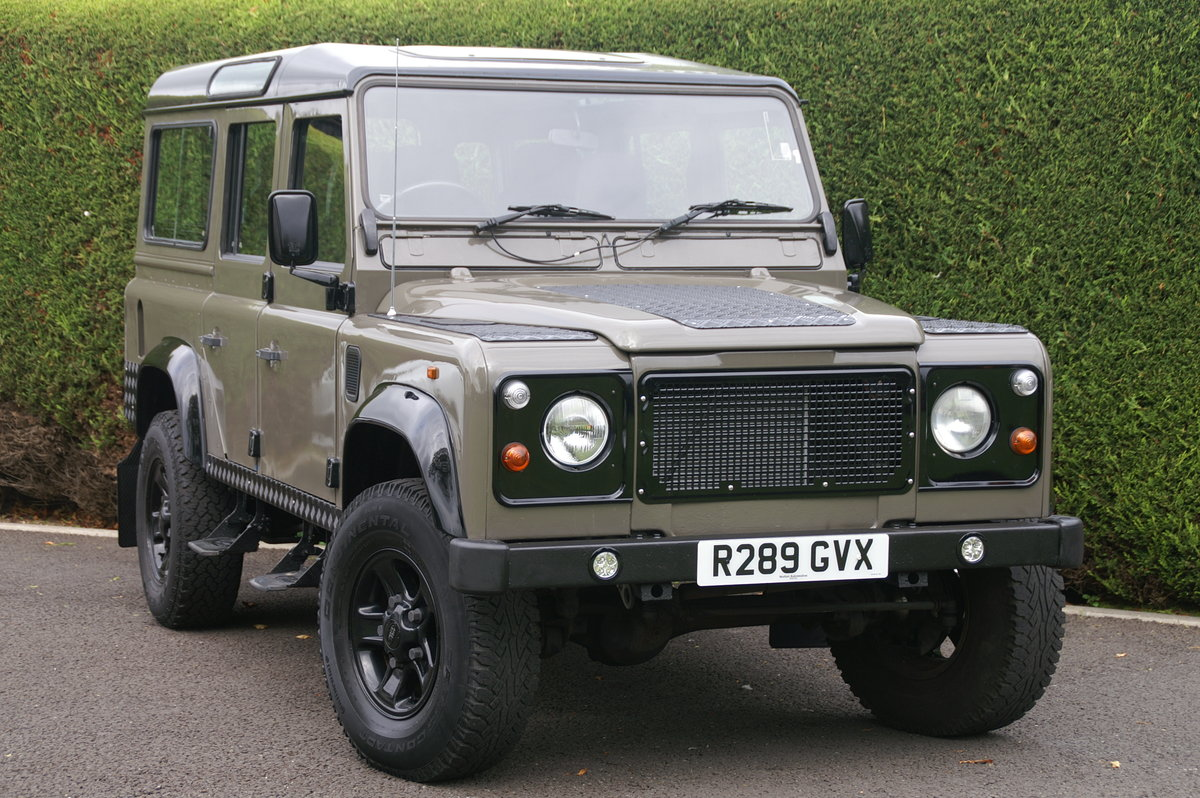 1998 Land Rover Defender 110 CSW 300 TDI For Sale (picture 1 of 6)