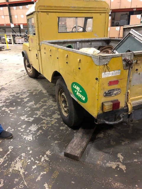 1957 Land Rover Series 1 for restoration For Sale (picture 3 of 5)