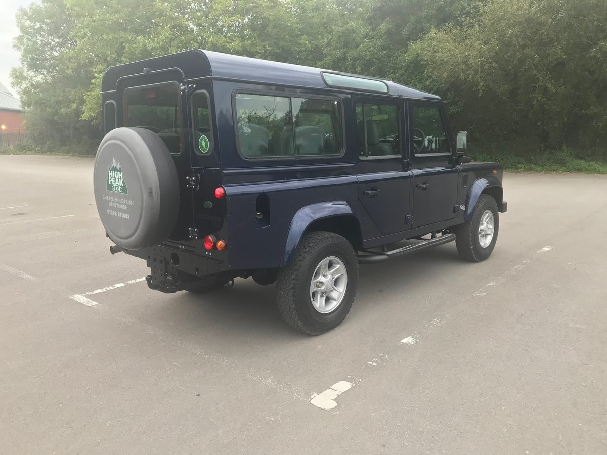 2003 Land Rover Defender 110 TD5 County 9 Seats For Sale (picture 3 of 6)