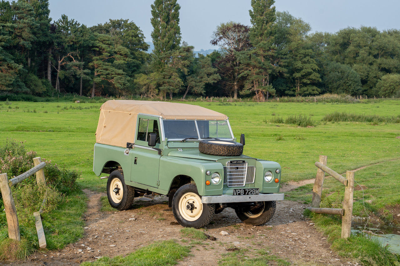 "Land Rover Series 3 88"" 1974 Pastel Green Softop Refurbished SOLD (picture 1 of 6)"