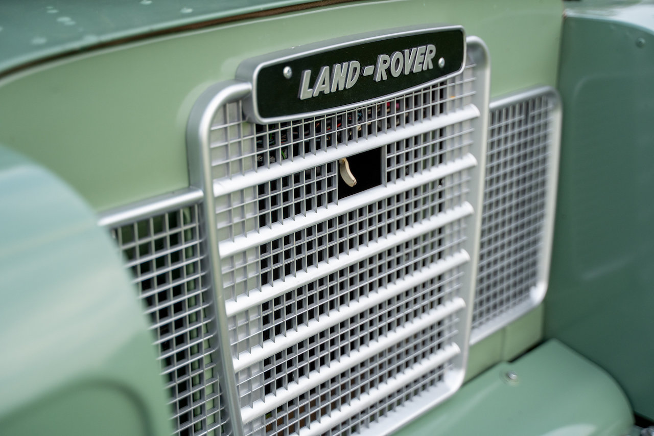 "Land Rover Series 3 88"" 1974 Pastel Green Softop Refurbished SOLD (picture 6 of 6)"