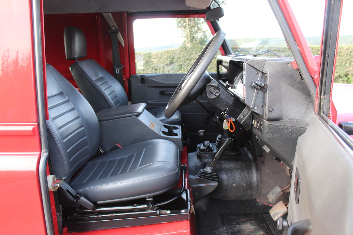 1996 Land Rover 110 Defender TDi  4 former keepers For Sale (picture 6 of 6)