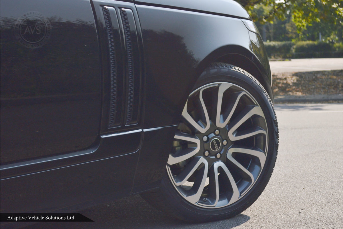 2018 MASSIVE SAVING Range Rover Vogue 3.0 TDV6 SVO Kit For Sale (picture 3 of 6)