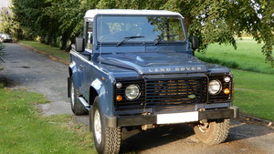 Picture of 2010 Land Rover Defender 90 Truck Cab SOLD
