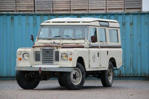 1981 LAND ROVER SERIES III 109 INCH STATION WAGON (LHD)