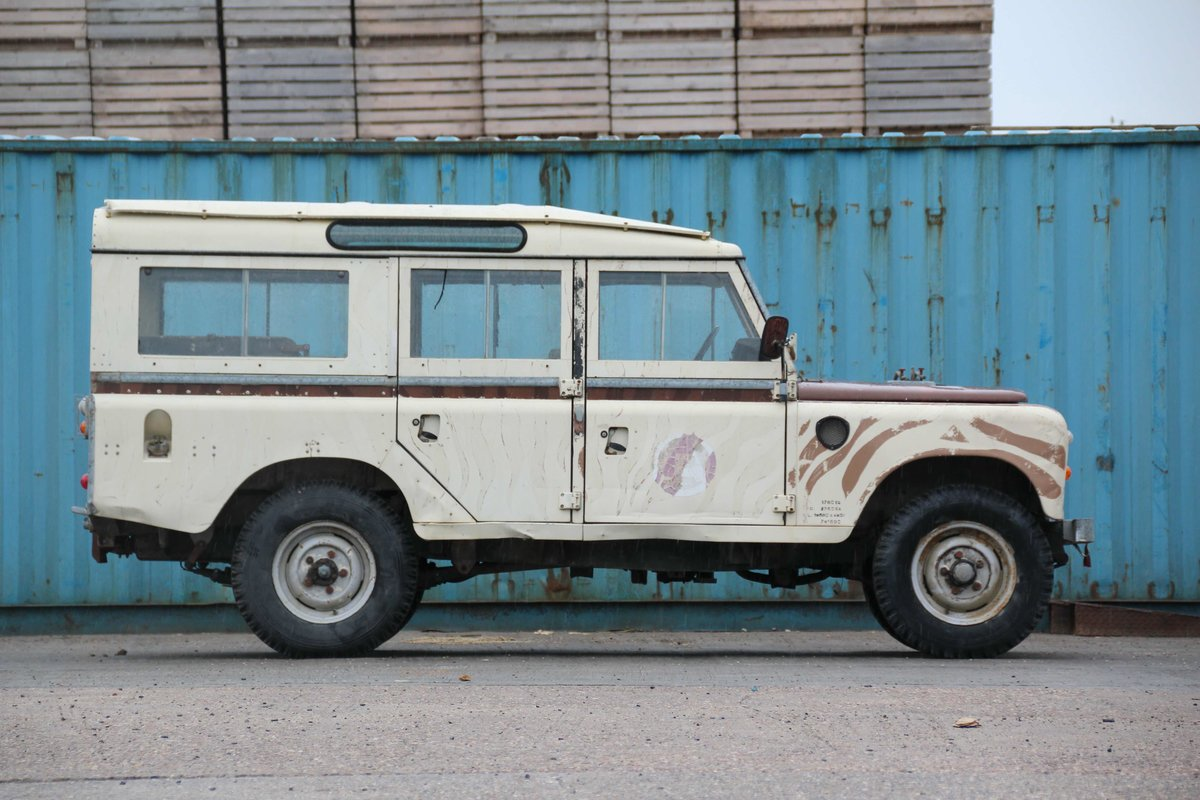 1981 LAND ROVER SERIES III 109 STATION WAGON (SOLD) For Sale (picture 2 of 4)