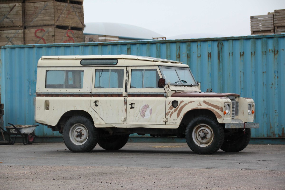 1981 LAND ROVER SERIES III 109 STATION WAGON (SOLD) For Sale (picture 3 of 4)