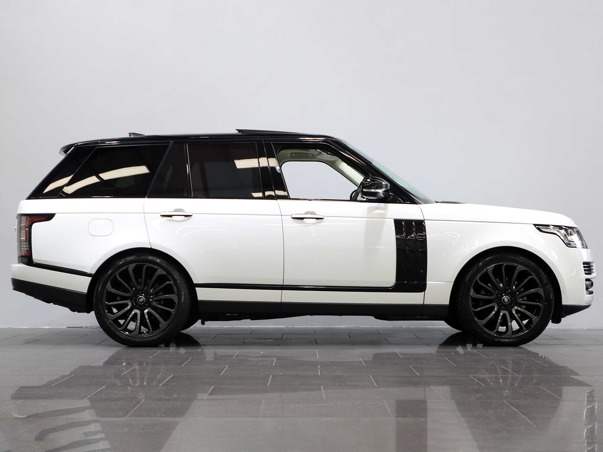 2017 17 17 RANGE ROVER AUTOBIOGRAPHY 3.0 TDV6 AUTO For Sale (picture 2 of 6)