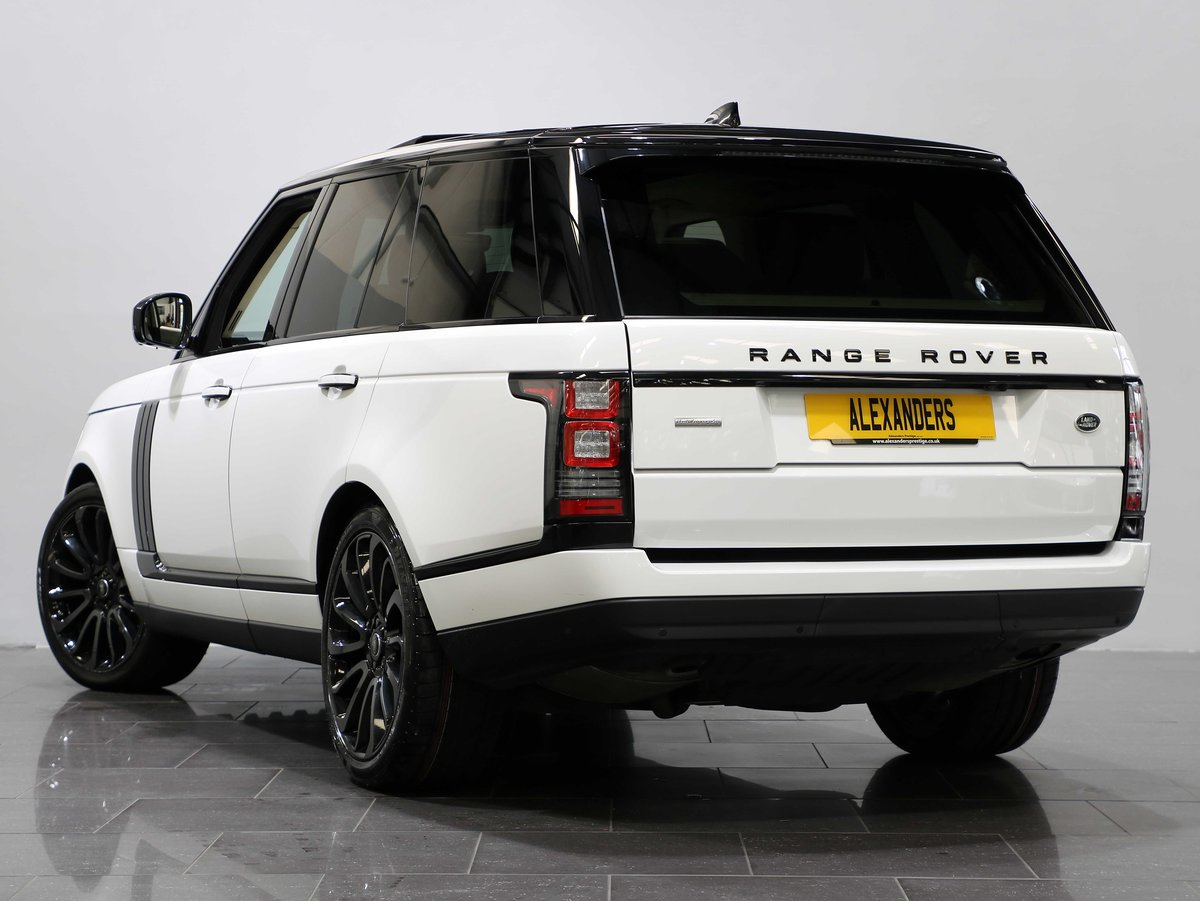 2017 17 17 RANGE ROVER AUTOBIOGRAPHY 3.0 TDV6 AUTO For Sale (picture 3 of 6)