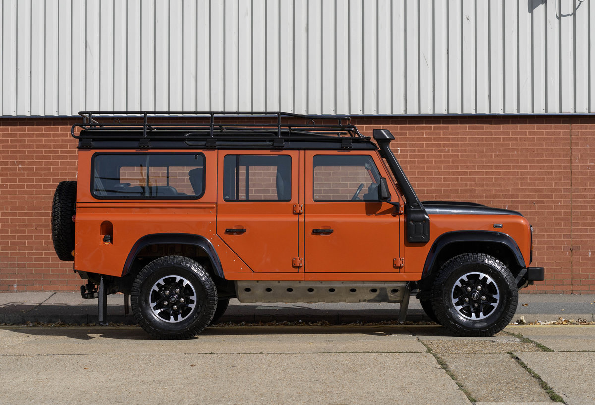 2016 Land Rover Defender 110 Adventure (LHD) For Sale (picture 5 of 24)