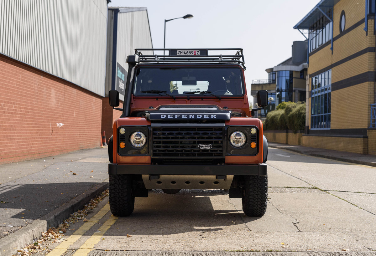 2016 Land Rover Defender 110 Adventure (LHD) For Sale (picture 7 of 24)