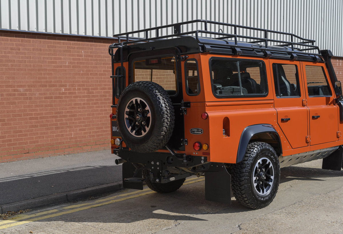 2016 Land Rover Defender 110 Adventure (LHD) For Sale (picture 12 of 24)