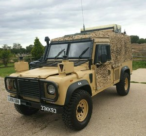 V8 3.5 military snatch land rover