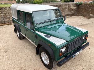 2006/56 Defender 110 TD5 Doublecab+ifor williams top