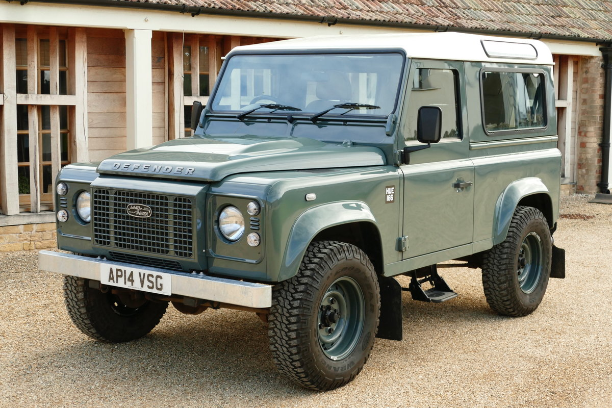 2014 LAND ROVER DEFENDER 90 2.2TDCi RETRO CLASSIC COUNTY STATION  For Sale (picture 2 of 6)